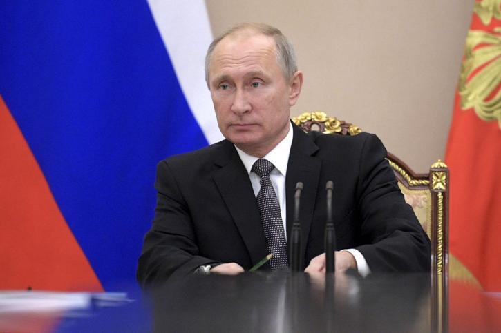 Пришло время: Владимир Путин…