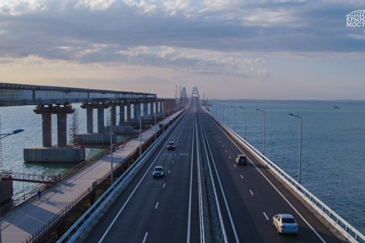 В июле по Крымскому мосту пр…