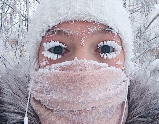 Якутянка покорила интернет, выложив селфи с заснеженными ресницами