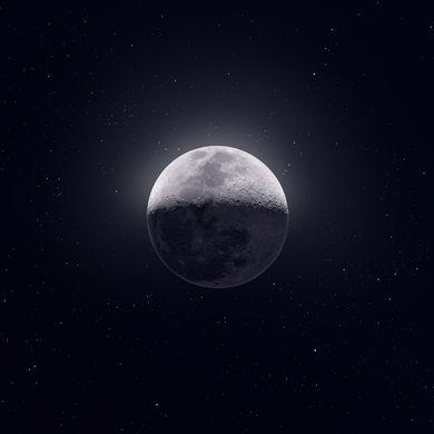 Изобретательный фотограф сделал удивительный снимок луны из 50 000 кадров
