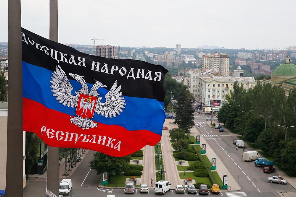 Захар Прилепин показал видео боя ополченцев с ВСУ в промзоне в Авдеевке