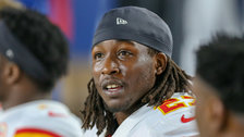 Cleveland Browns Sign Kareem Hunt After He Assaulted Woman In Hotel
