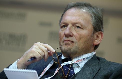 Путину передали список желающих вернуться в РФ бизнесменов, скрывающихся от российского правосудия