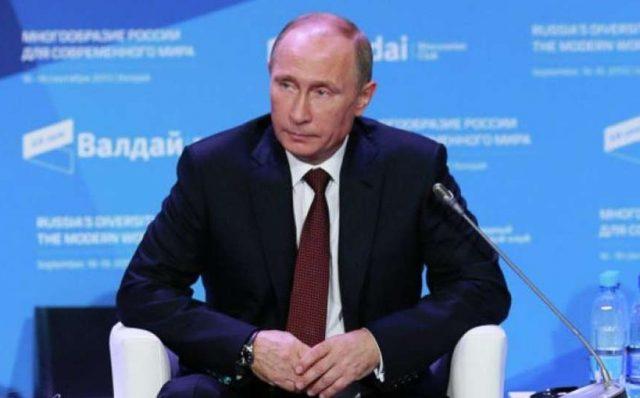 Путин рассказал, почему долл…