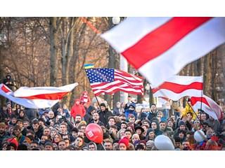 Власти Белоруссии не защищают от русофобской агрессии