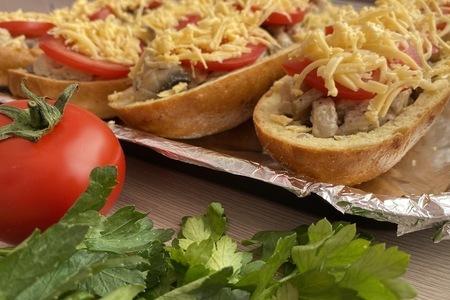 Запеченный багет с курицей и грибами: фото шаг 3