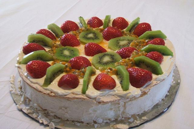 Спор о торте. Как появился торт «Павлова» и тонкости его приготовления