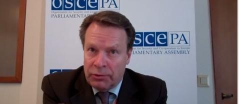 Руководство ОБСЕ в понедельник начинает переговоры о вводе миротворческих сил на Украину