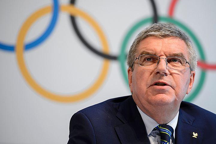 Глава МОК посоветовал российским спортсменам не завоёвывать медали