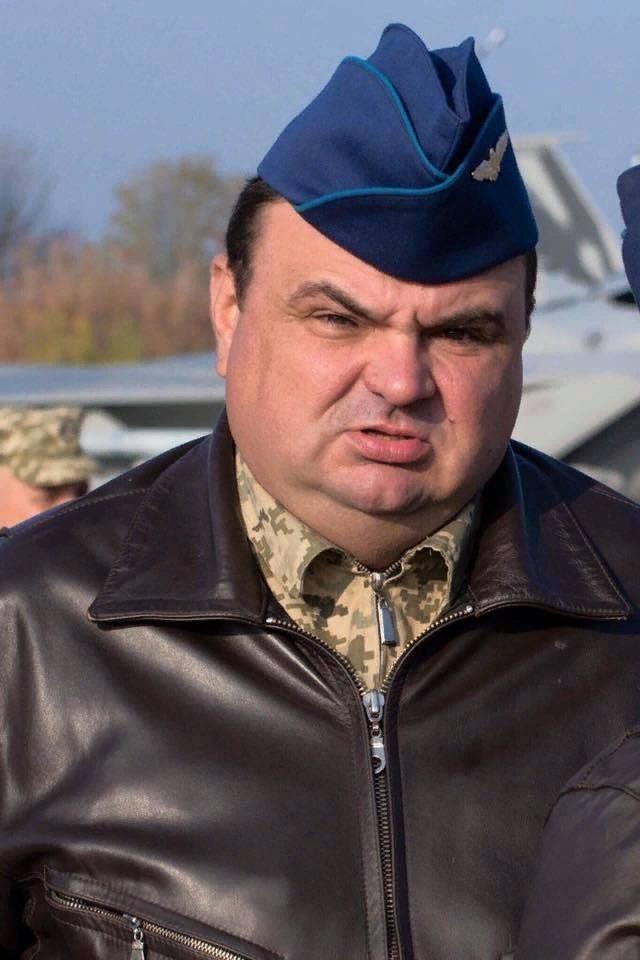 Какую версию причин катастрофы Су-27УБ отрабатывает прокуратура Украины?