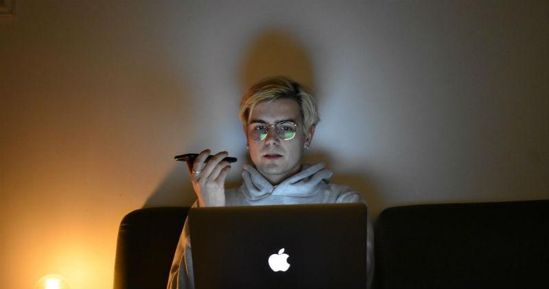 Журналист из США доказал, что телефонные разговоры прослушиваются