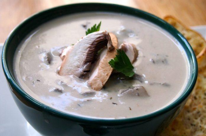 Первые блюда: 3 лучших оригинальных грибных супа