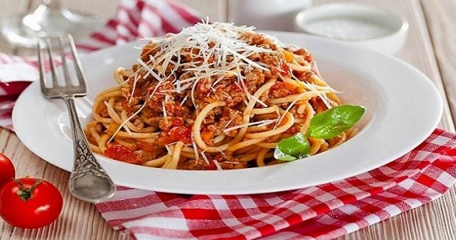 Спагетти болоньезе - 7 лучши…