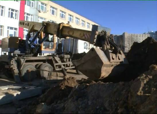 Ресурсовики в Ярославле освобождают от коммуникаций площадку под строительство хирургического корпуса онкологической больницы