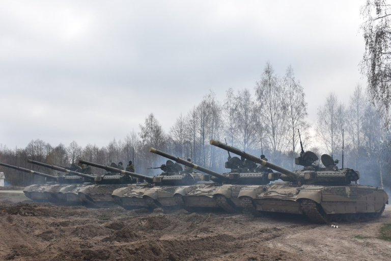 """""""Завод имени Малышева"""" наконец отремонтировал шесть оставшихся на Украине танков Т-84"""