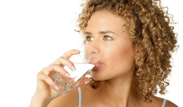 Десять советов, как научиться пить больше воды
