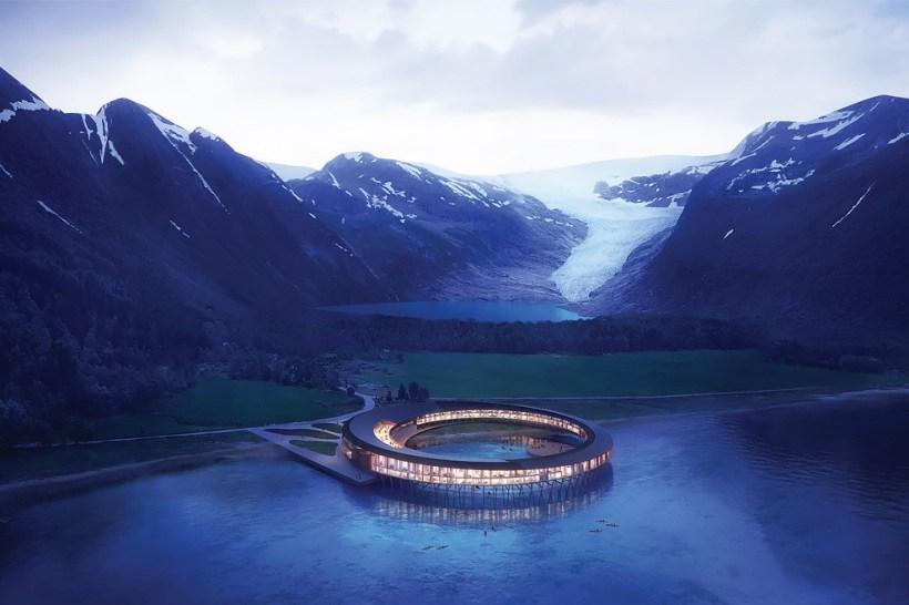 Новый отель «Сварт» за Поляр…