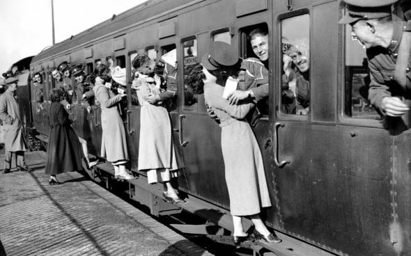 5 апреля 1910 года был принят закон, запрещающий поцелуи