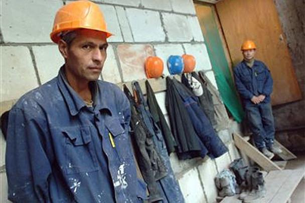 Какие герои? Украинцы строят заводы и храмы в России – редактор влиятельной киевской газеты