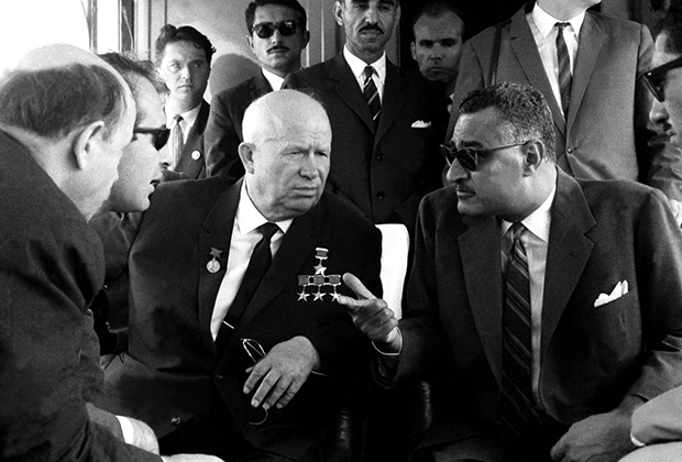 «На всех Насер»: Диктаторы Египта любили Гитлера и предавали Москву
