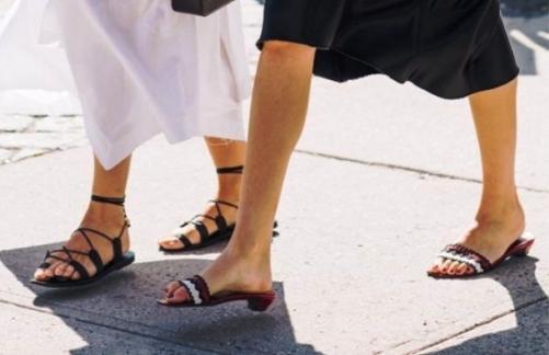 Обувь для изысканной леди за 50 —  роскошь лета 2018