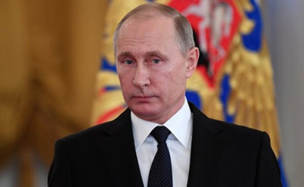 Упрек Киеву от Путина: вместо «Минска-2» планируют силовой сценарий
