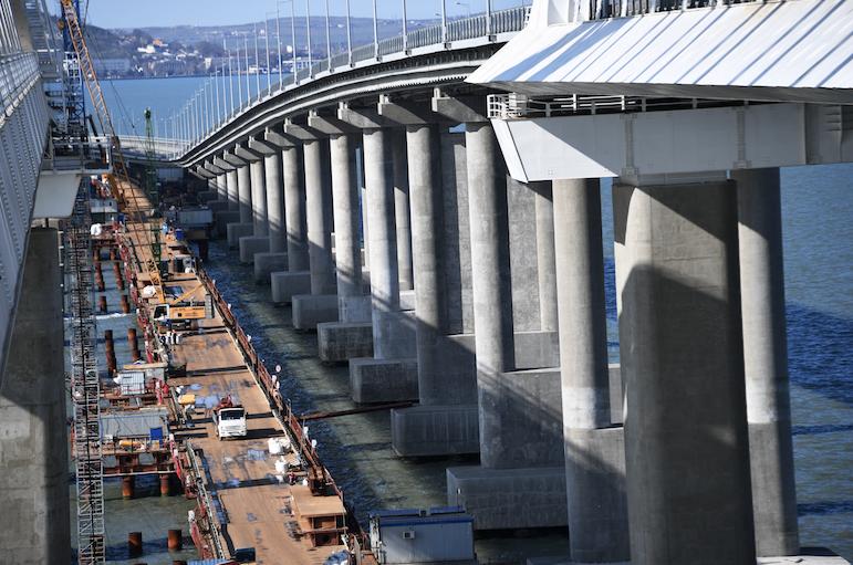 Поезда перед Крымским мостом будут проверять при помощи «умного» сканера