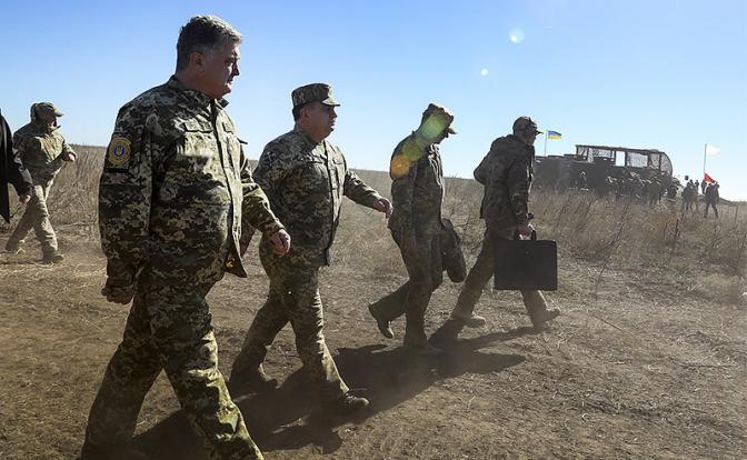Порошенко бросает вызов «Азову»