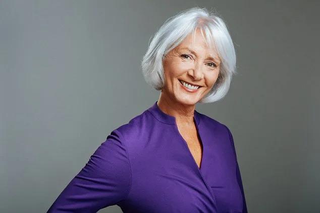71-Летняя британка Маргарет Коллинз прекрасно выглядит несмотря на возраст