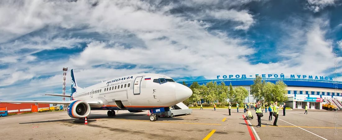 Какое отношение Николай Романов имеет к аэропорту Мурманска?