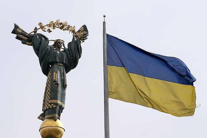 Украина объявила, что её суды в Донбассе и Крыму больше не работают