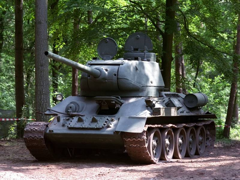 Т-34 в сравнении с немецким танком Pz.Kpfw.IV