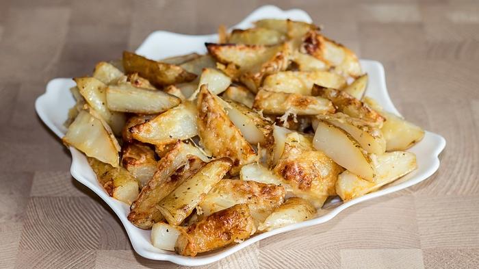 Картофель по-деревенски - проще не бывает Запеченный картофель, Картофель, Рецепт, Видео рецепт, Кулинария, Еда, IrinaCooking, Видео, Длиннопост