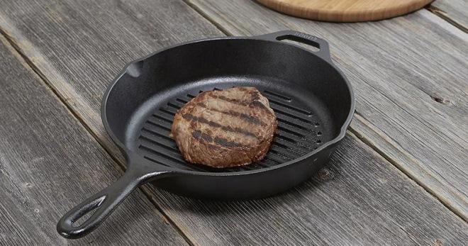 Пригорает сковорода - что делать, как можно безопасно прокалить сковородку?