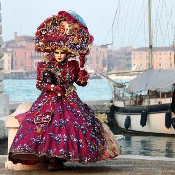 Венецианский карнавал: Утонченный, изысканный, мистический