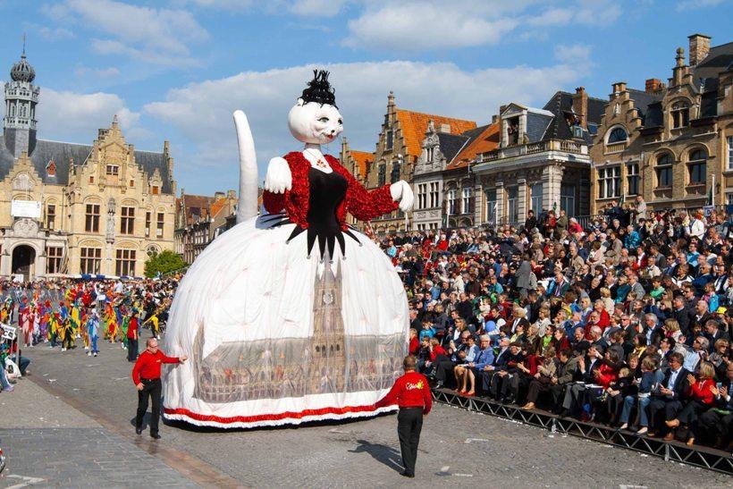 Кэттенштот — парад кошек в Бельгии