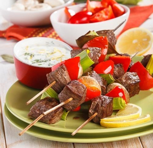 По-шашлычку: 10 лучших рецептов мяса для пикника