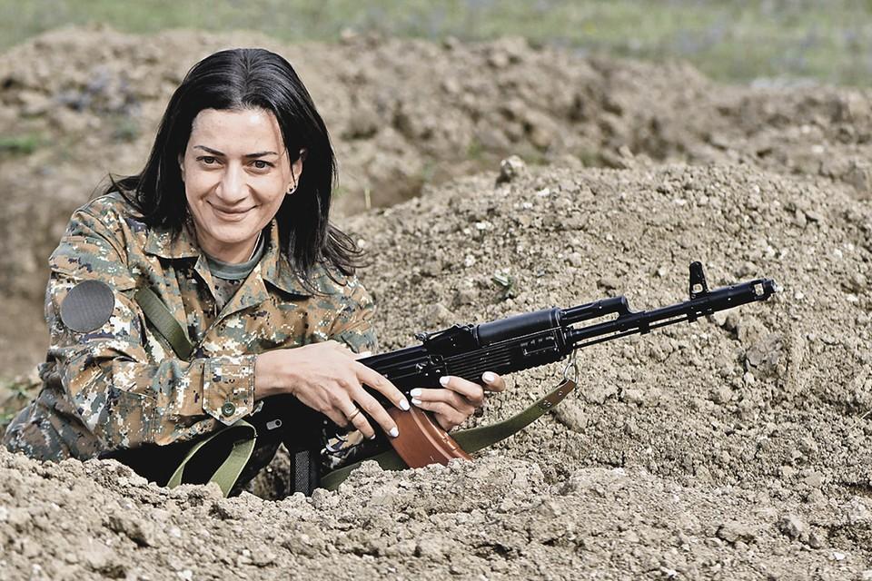 Отряд был назван супругой премьера Пашиняна Анной Эрато - в честь армянской царицы. Фото: wifeofarmenianPM/Facebook