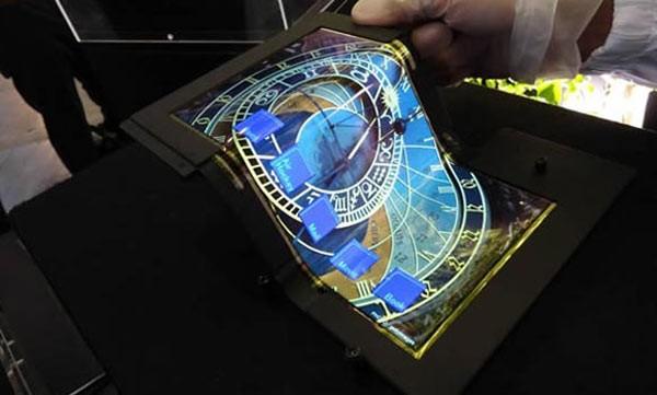 складной сенсорный OLED-экран SEL