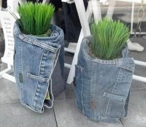 декор для дома из старых джинсов
