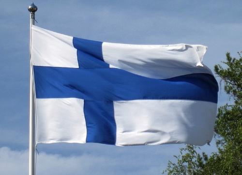 Финляндия возведет стену на границе с Россией