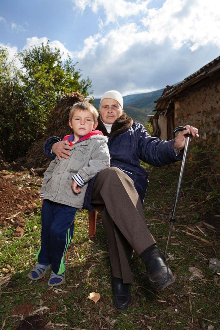 Burneshas - албанские женщины, которые решили жить как мужчины