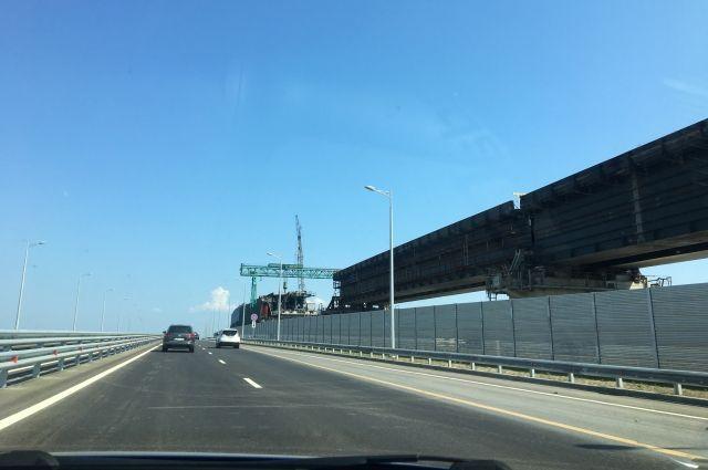 Очередной рекорд интенсивности движения установлен на Крымском мосту