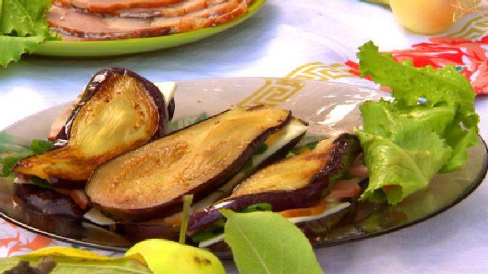 Сендвичи из баклажанов.  Фото: nastroenie.tv.