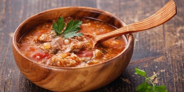 Самый известный грузинский суп — суп харчо с говядиной