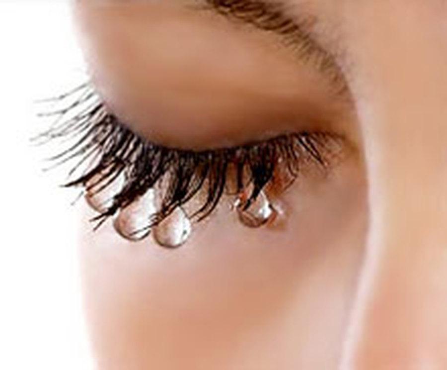 Слишком сильная, чтобы плакать?