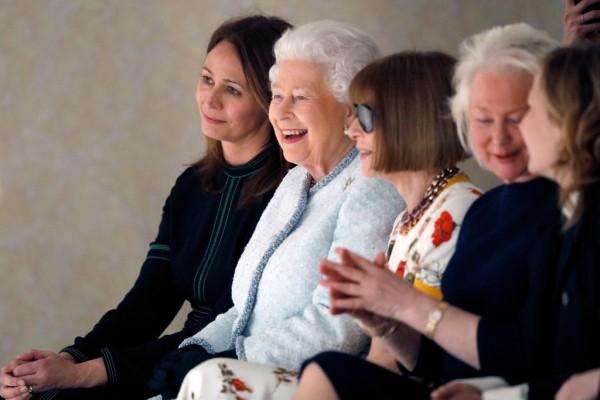 Елизавета II впервые побывал…