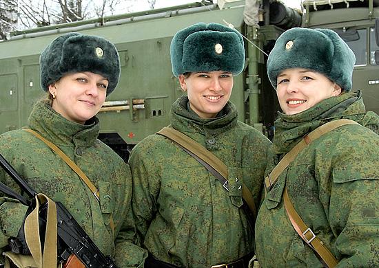 Женщины в танке