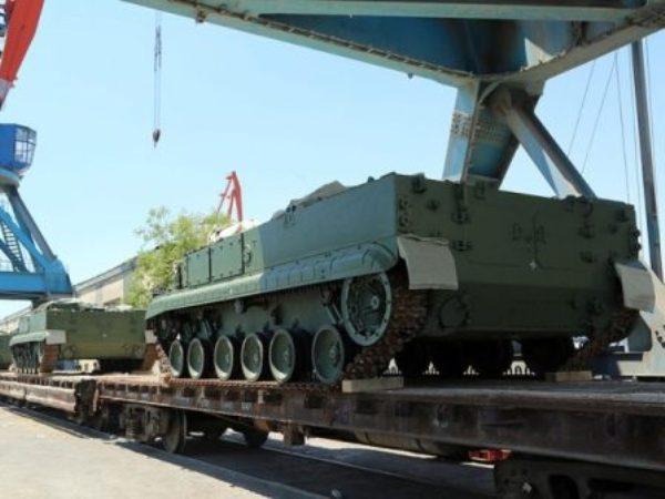 Россия поставила Армении оружие покредиту на $200 млн— министр обороны