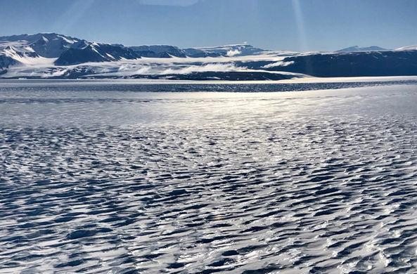 В восточной Антарктиде нашли источник тепла